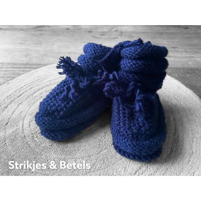 Slofjes, donker blauw 3-6 maanden -€9,95