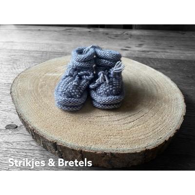 Slofjes grijs (stone washed), mt 3-6 maanden -€9,95